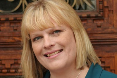 Julie Buehler headshot